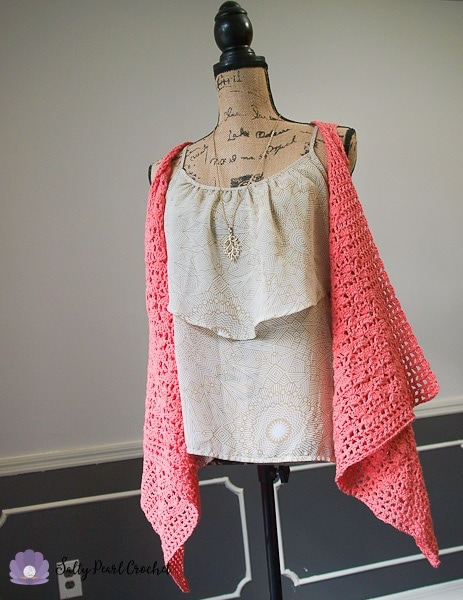 Get the free Clamshell Lace Vest Crochet Pattern at SaltyPearlCrochet.com