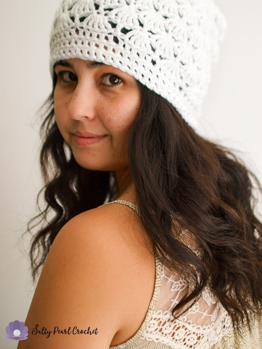 Woman wearing a crocheted slouchy hat