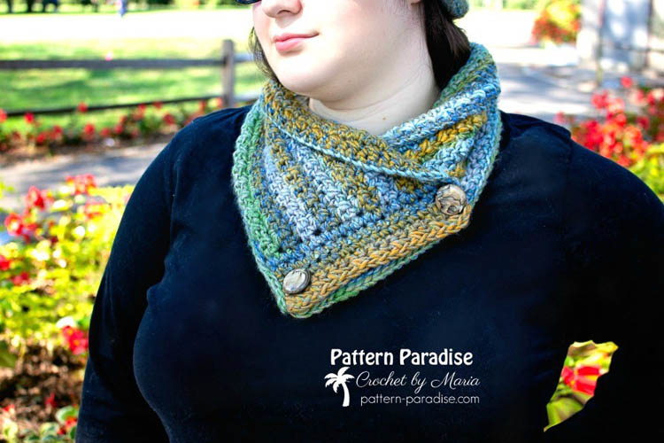 Woman wearing A colorful crochet cowl with buttons